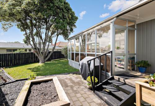 Pukekohe, Be in before Christmas, Property ID: 801722 | Barfoot & Thompson