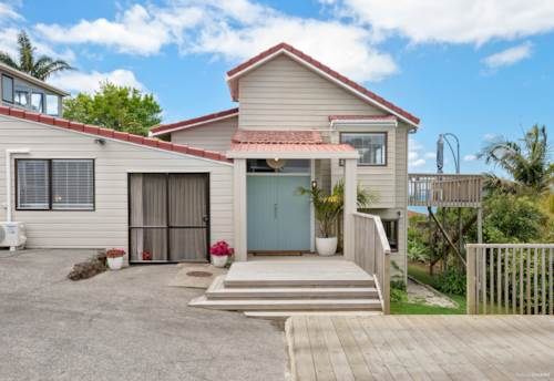 Browns Bay, PRICED TO SELL - $1,430,000, Property ID: 801663 | Barfoot & Thompson
