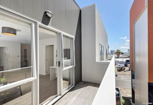 Eden Terrace, SECURE YOUR CITY FRINGE LIFESTYLE - AGGS ZONE!, Property ID: 802468 | Barfoot & Thompson