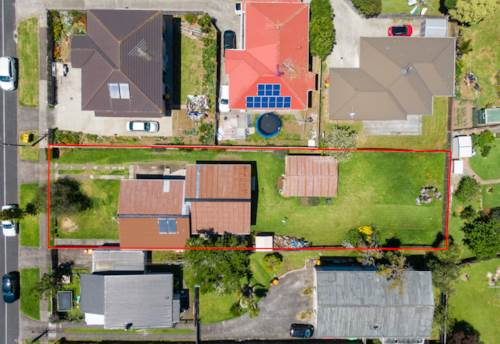 Papatoetoe, No need to buy LOTTO! Buy this instead, Property ID: 802410 | Barfoot & Thompson