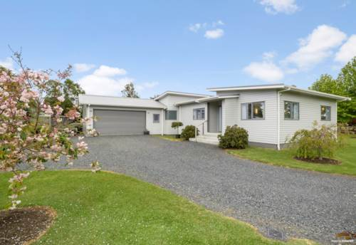 Kerikeri, Almost as new and close to town, Property ID: 802354 | Barfoot & Thompson