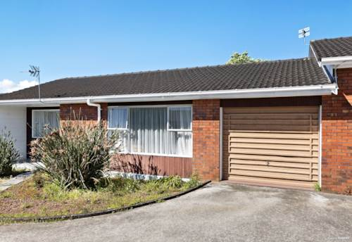 New Lynn, Affordable Spacious Brick Unit, Property ID: 802160   Barfoot & Thompson