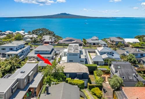 Devonport, DO-UP - MULTI MILLION DOLLAR LOCATION - SEA VIEWS, Property ID: 802574 | Barfoot & Thompson