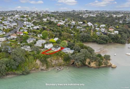 Birkenhead Point, Cliff top do-up on Birkenhead Point, Property ID: 802532 | Barfoot & Thompson