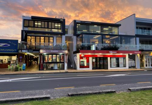 Paihia, Freehold Multi Tenanted Waterfront Investment, Property ID: 85067 | Barfoot & Thompson