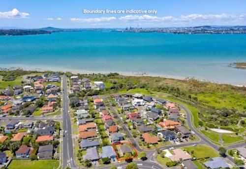 Te Atatu Peninsula, Location, location, location!, Property ID: 802249 | Barfoot & Thompson