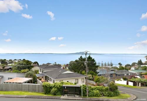 Waiake, Eagle's Nest Views - Development Potential, Property ID: 802642 | Barfoot & Thompson