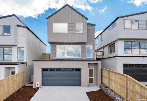 Orewa, Spectacularly spacious modern living, Property ID: 801453 | Barfoot & Thompson