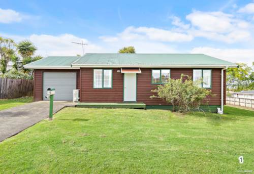 Te Atatu Peninsula, Convenient First Home/Ideal Investment!, Property ID: 802623 | Barfoot & Thompson