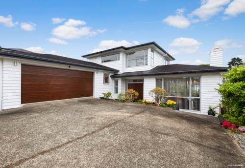 Mairangi Bay, LUXURY 5 BEDROOM MAIRANGI BAY LIVING!, Property ID: 802761 | Barfoot & Thompson