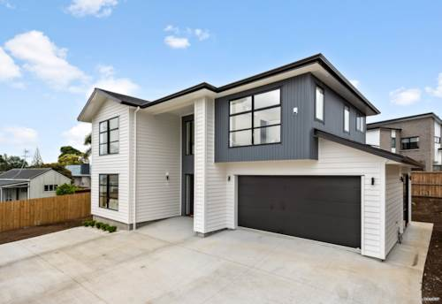 Te Atatu South, Brand New Home With Sky Tower and Sea views, Property ID: 802508 | Barfoot & Thompson
