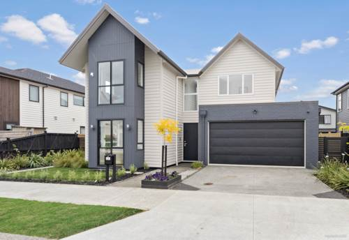Hobsonville, Spacious 6 bedroom with 5.5 bathroom family home, Property ID: 801933 | Barfoot & Thompson