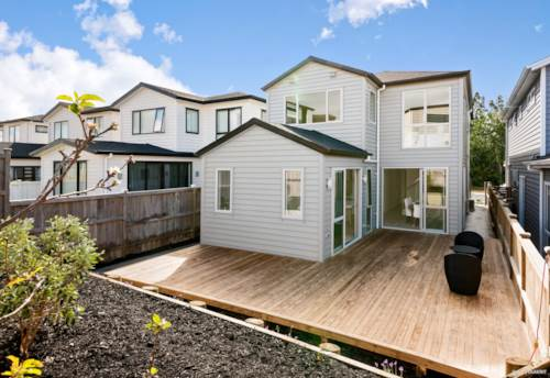 Hobsonville, Dressed up and ready to go!, Property ID: 802854 | Barfoot & Thompson