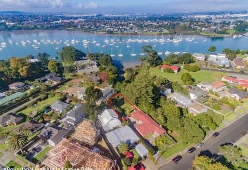 Panmure, Prime Section, Amazing View, Property ID: 803081 | Barfoot & Thompson