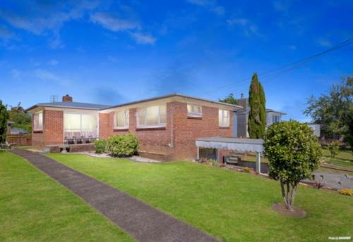 Manurewa, Sturdy and Low maintenance --- Mixed Housing Zone, Property ID: 803213 | Barfoot & Thompson