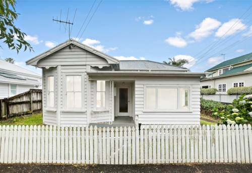 Mt Eden, Classic Villa - Needs Some Love, Property ID: 803044 | Barfoot & Thompson