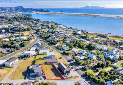 Mangawhai Heads, Perfect Position with Ocean Views, Property ID: 803266 | Barfoot & Thompson