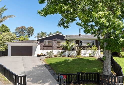 Botany Downs, FAMILY FRIENDLY!, Property ID: 803283 | Barfoot & Thompson