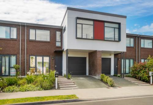 Mt Wellington, A Home That is Sure to Impress, Property ID: 803037 | Barfoot & Thompson