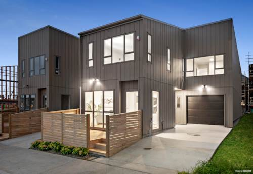 Hobsonville, New Home for the New Year, Property ID: 803299 | Barfoot & Thompson