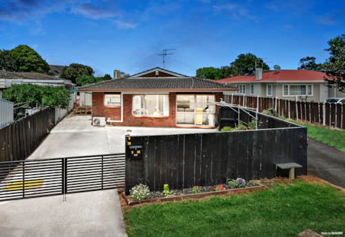 Papatoetoe, BRICK & TILE + OWN PRIVATE DRIVEWAY, Property ID: 803297 | Barfoot & Thompson