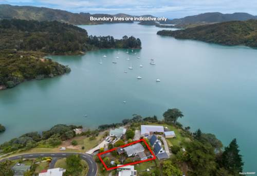 Whangaroa, DECEASED ESTATE WITH SEA VIEWS, Property ID: 803177 | Barfoot & Thompson