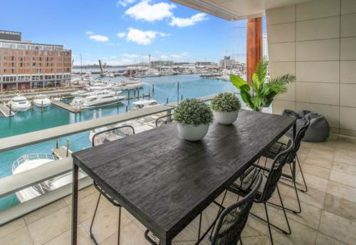Wynyard Quarter, Absolute Waters Edge!  - Lighter Quay - North, Property ID: 803396 | Barfoot & Thompson