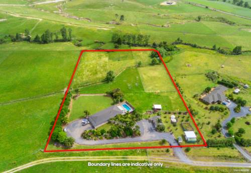 Kerikeri, CONTRACTORS DREAM, LIFESTYLERS DELIGHT (2ha), Property ID: 803338 | Barfoot & Thompson