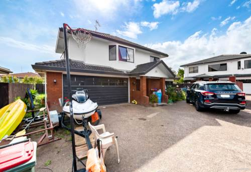 Manurewa, FAMILY HOME - SUPERIOR LOCATION, Property ID: 801682 | Barfoot & Thompson