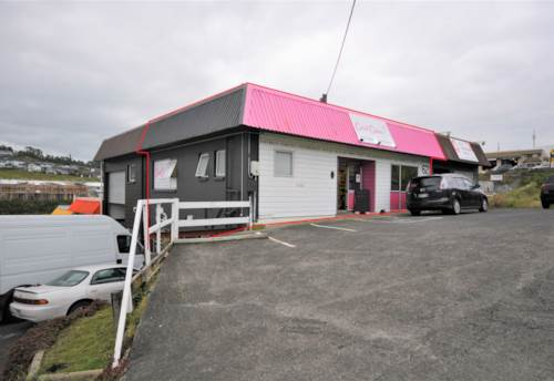 Whangaparaoa, SPLIT RISK INVESTMENT OR OWNER OCCUPIER! YOU CHOOSE!!!, Property ID: 85243 | Barfoot & Thompson