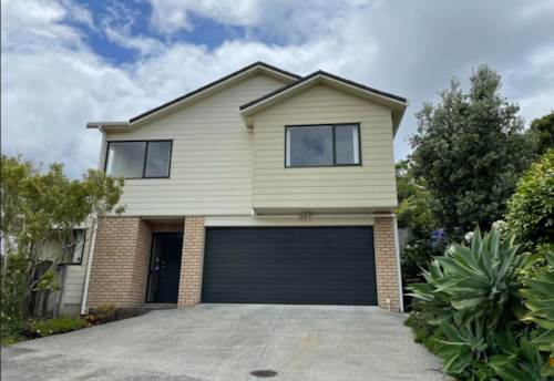 Sunnynook, Immaculate, sunny home in sought after school zones, Property ID: 19002271 | Barfoot & Thompson