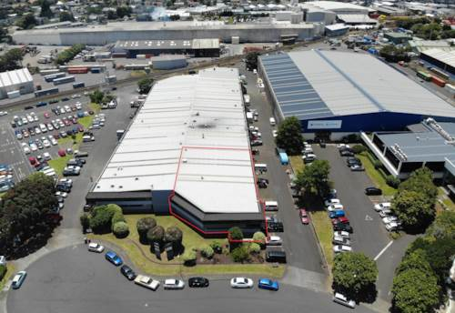Onehunga, FOR LEASE, FIRST TIME IN 30+ YEARS, Property ID: 85277 | Barfoot & Thompson