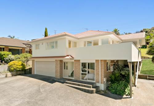 Orewa, FABULOUS FAMILY FIND!!, Property ID: 803305 | Barfoot & Thompson