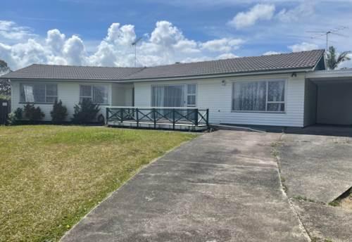 Botany Downs, Easy family living, Property ID: 72003254 | Barfoot & Thompson