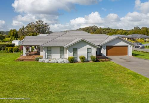 Kerikeri, AS GOOD AS NEW WITH EVERYTHING YOU NEED, Property ID: 804342 | Barfoot & Thompson