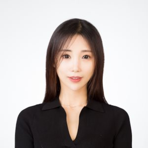 Halle Zhang
