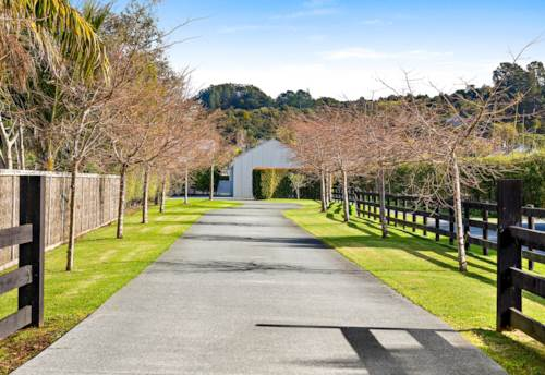 Point Wells, WHEN STYLE AND LUXURY COUNT, Property ID: 61002067 | Barfoot & Thompson
