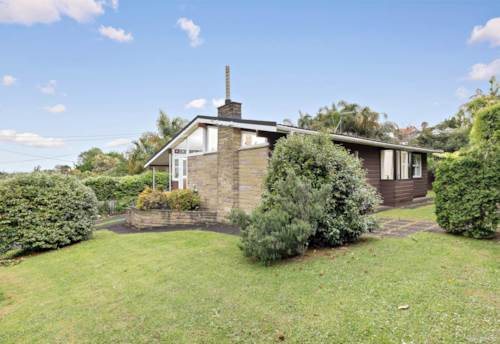 Remuera, Cosy home in Remuera - Pets friendly, Property ID: 29002459 | Barfoot & Thompson