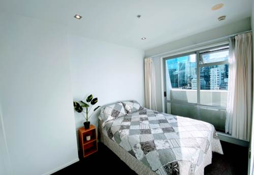 City Centre, HARBOUR OAKS - Level 13 - Furnished One bedroom , Property ID: 39002193   Barfoot & Thompson
