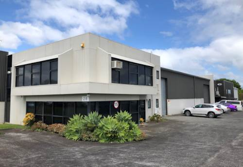East Tamaki, SOUGHT AFTER MEDIUM SIZE WAREHOUSE, Property ID: 85336 | Barfoot & Thompson