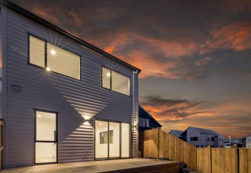 Hobsonville, CCC Issued, Move In Today!, Property ID: 800254 | Barfoot & Thompson