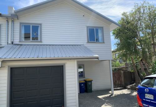 Albany, Sunny Family Townhouse in Central Albany, Property ID: 53004685 | Barfoot & Thompson