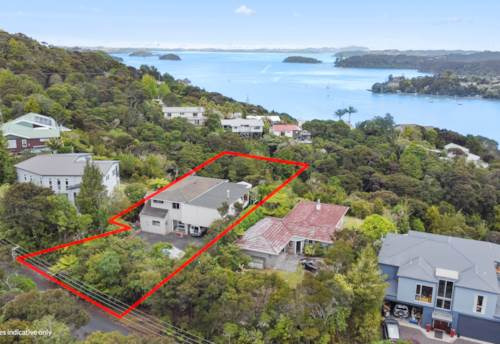 Opua, Grandstand Sea views, Property ID: 804636 | Barfoot & Thompson