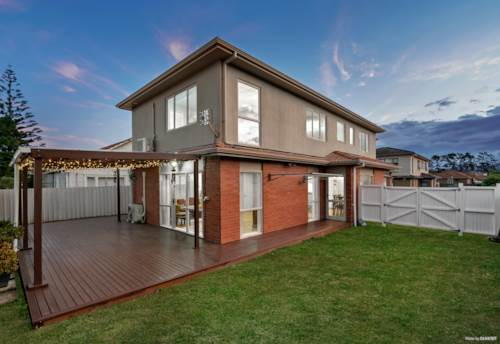 Henderson, Modern Sun-Drenched Spacious Home !, Property ID: 804827 | Barfoot & Thompson
