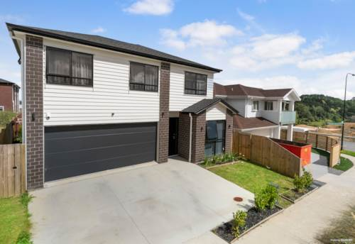 Flat Bush, FIRST CLASS FAMILY LIVING, Property ID: 804794 | Barfoot & Thompson