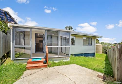Glenfield, Hop, skip and jump to the Glenfield shops, Property ID: 75000828 | Barfoot & Thompson