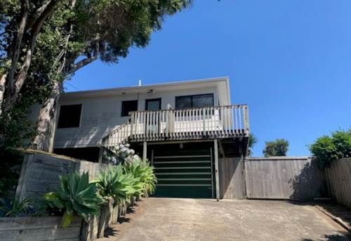 Stanmore Bay, Walking Distance to Stanmore Bay Primary, Property ID: 47002084 | Barfoot & Thompson