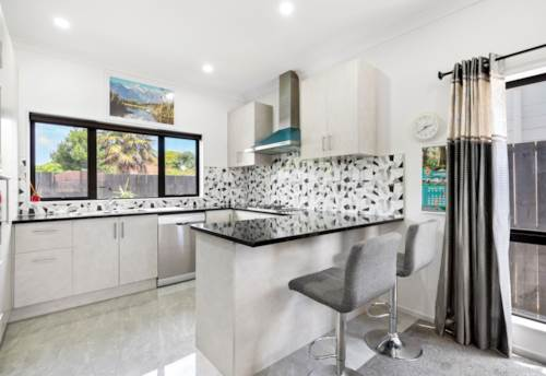 Papakura, First Home Buyer Delight, Property ID: 804734 | Barfoot & Thompson