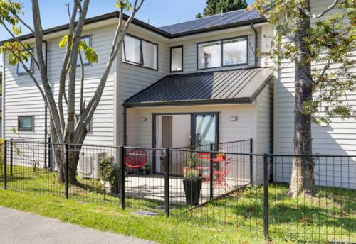 Panmure, New Year - New Beginnings - Your New Home!, Property ID: 804842 | Barfoot & Thompson