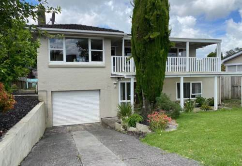 Howick,  Pet friendly family home in Howick!, Property ID: 54004162 | Barfoot & Thompson